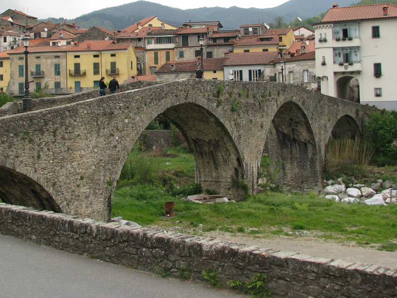 Pontremoli - La Musa Guest House - Lerici - Italy