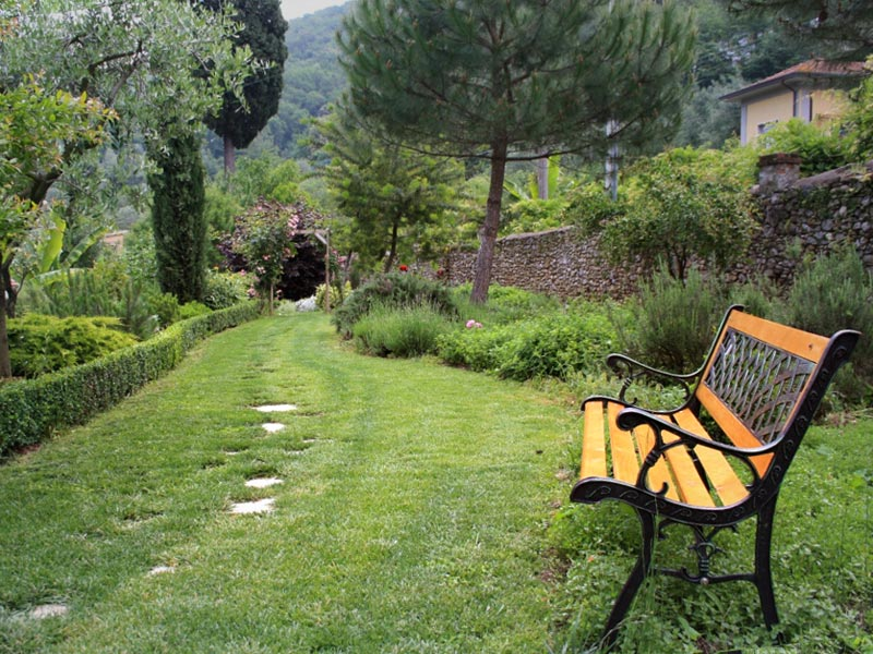 02-giardino-mediterraneo